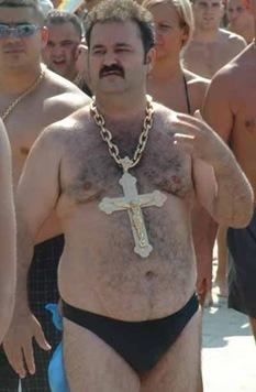 hairy_beach_dude_for_jesus