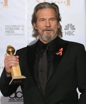 "95655717...Actor Jeff Bridges poses with his award for best performance by an actor in a motion picture - drama for ""Crazy Heart"" in the photo room at the 67th Annual Golden Globe Awards at the Beverly Hilton Hotel in Beverly Hills, California, January 17, 2010.  AFP PHOTO / Valerie Macon (Photo credit should read VALERIE MACON/AFP/Getty Images)"